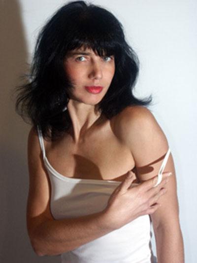 Myriam Gold
